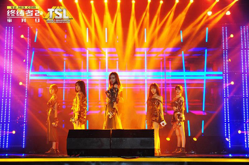 图5:SNH48变身霹雳娇娃.jpg